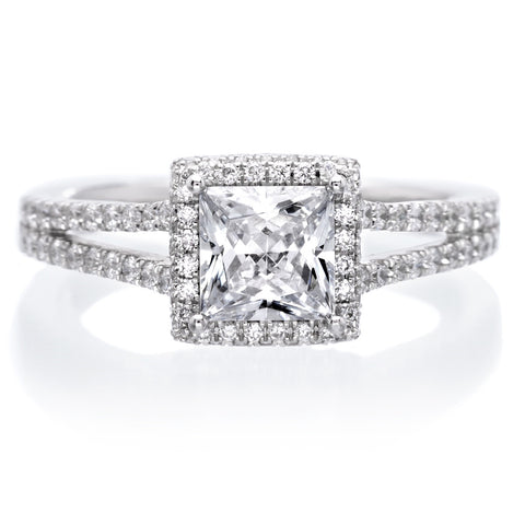 Classic Split-Shank Princess Diamond Engagement Ring