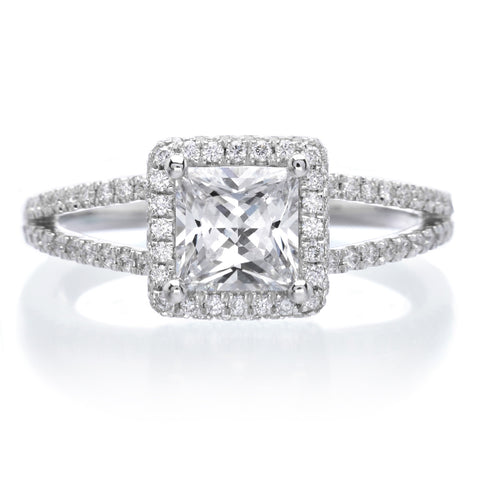 Glamorous Princess Cut Split-Shank Diamond Engagement Ring