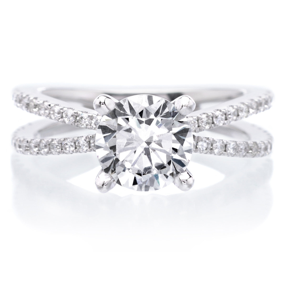 Stunning Split Shank Round Brilliant Diamond Engagement Ring