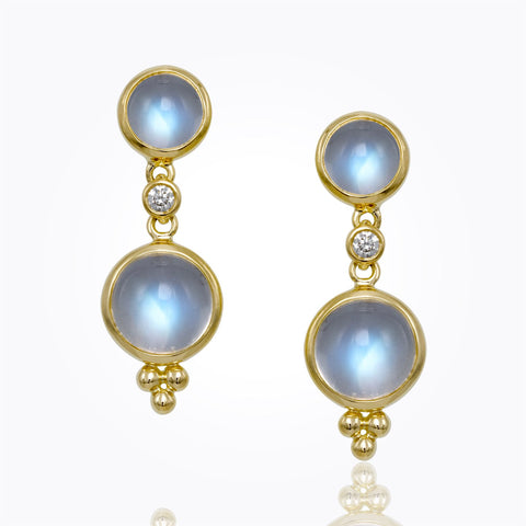 18K Yellow Gold Classic Cabochon Oval Earring with Diamond