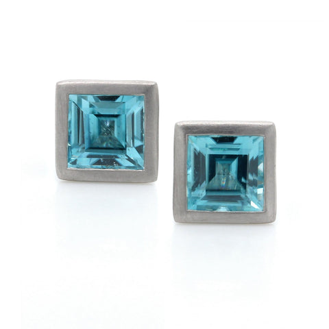 18K White Gold Square Bezel Set Zircon Earrings