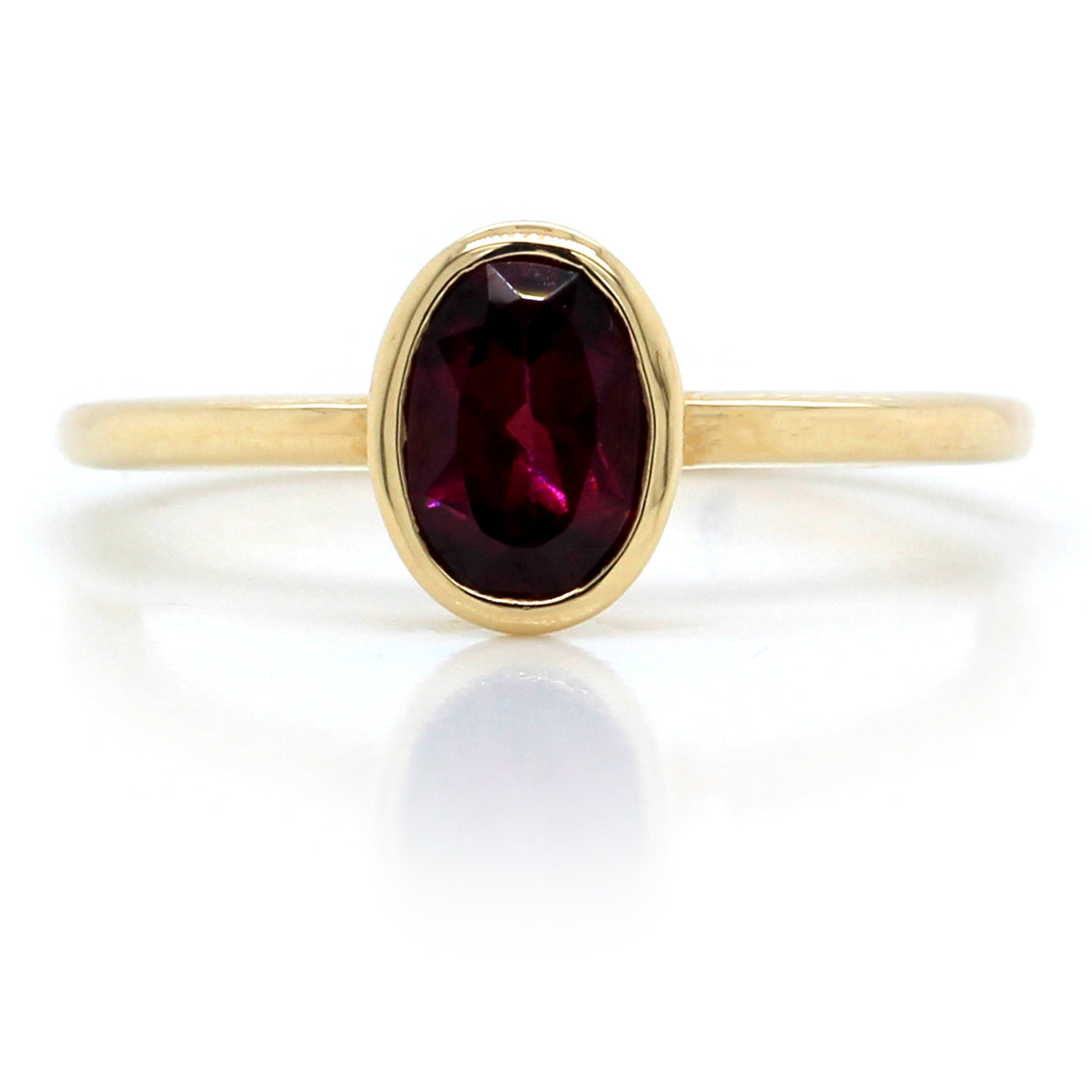 14K Yellow Gold Oval Garnet Ring