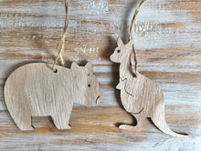 Load image into Gallery viewer, Wooden Australian Animal Hanging Decorations
