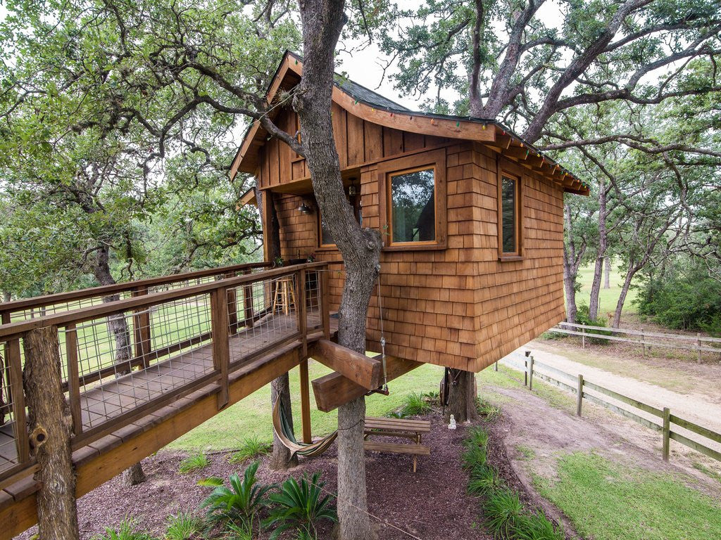 Cozy Up, Texas: The Treehouse