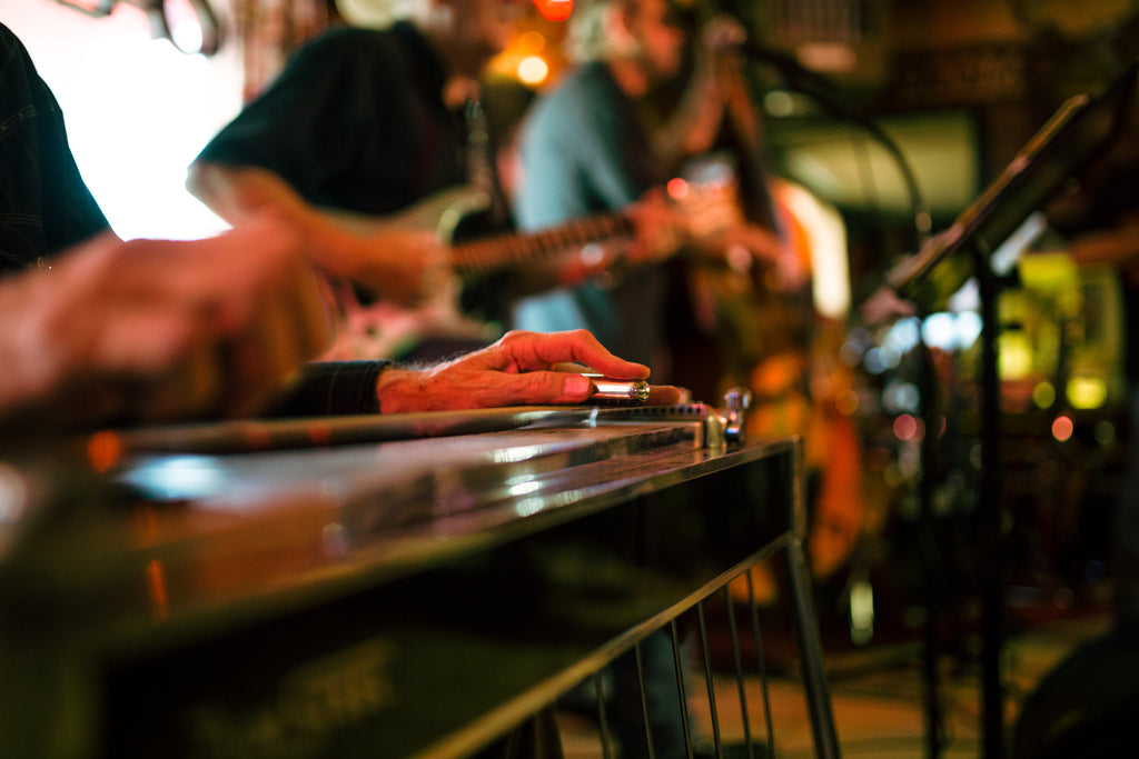Helped Define Countrys Familiar Sound Throughout The Decades Evolved From Somewhat Foreign Origins Music Historians Have Traced Pedal Steel Guitar