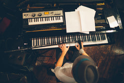 What's the Difference Between a Digital Piano and a Keyboard?