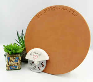 Clay Pizza Stone 25cm with Pizza Cutter