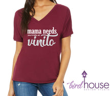 Load image into Gallery viewer, Mama Needs Vinito, Cute and funny Shirt for Wine Lovers, una botella