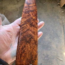 Load image into Gallery viewer, Damascus blade with honduran rosewood burl handle and saya