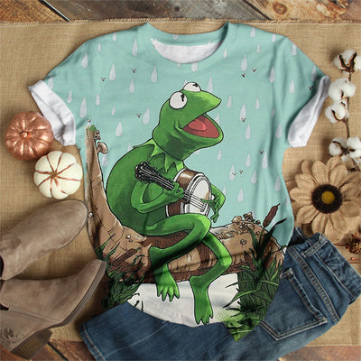 FROG SINGING IN THE RAIN T-SHIRT