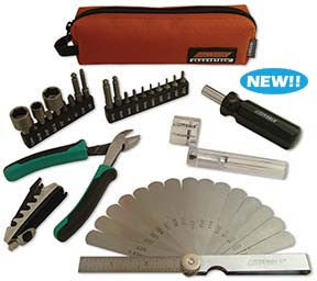 CruzTOOLS GTSH1 Stagehand Compact Guitar/Bass Tech Kit - Available at Lark Guitars