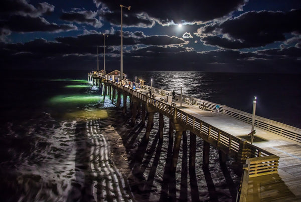 Moonrise At Jennette's Pier