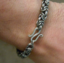 Load image into Gallery viewer, Titanium Chain Mail Bracelet