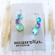 Load image into Gallery viewer, Triple Rock Earrings