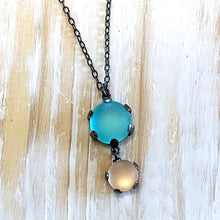 Load image into Gallery viewer, Pebble Drop Necklace