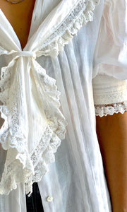 Off White Cotton & Lace Puffy Blouse