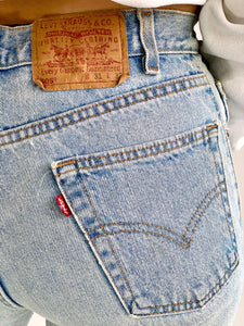 Lightwash Levi's 505 Made in USA