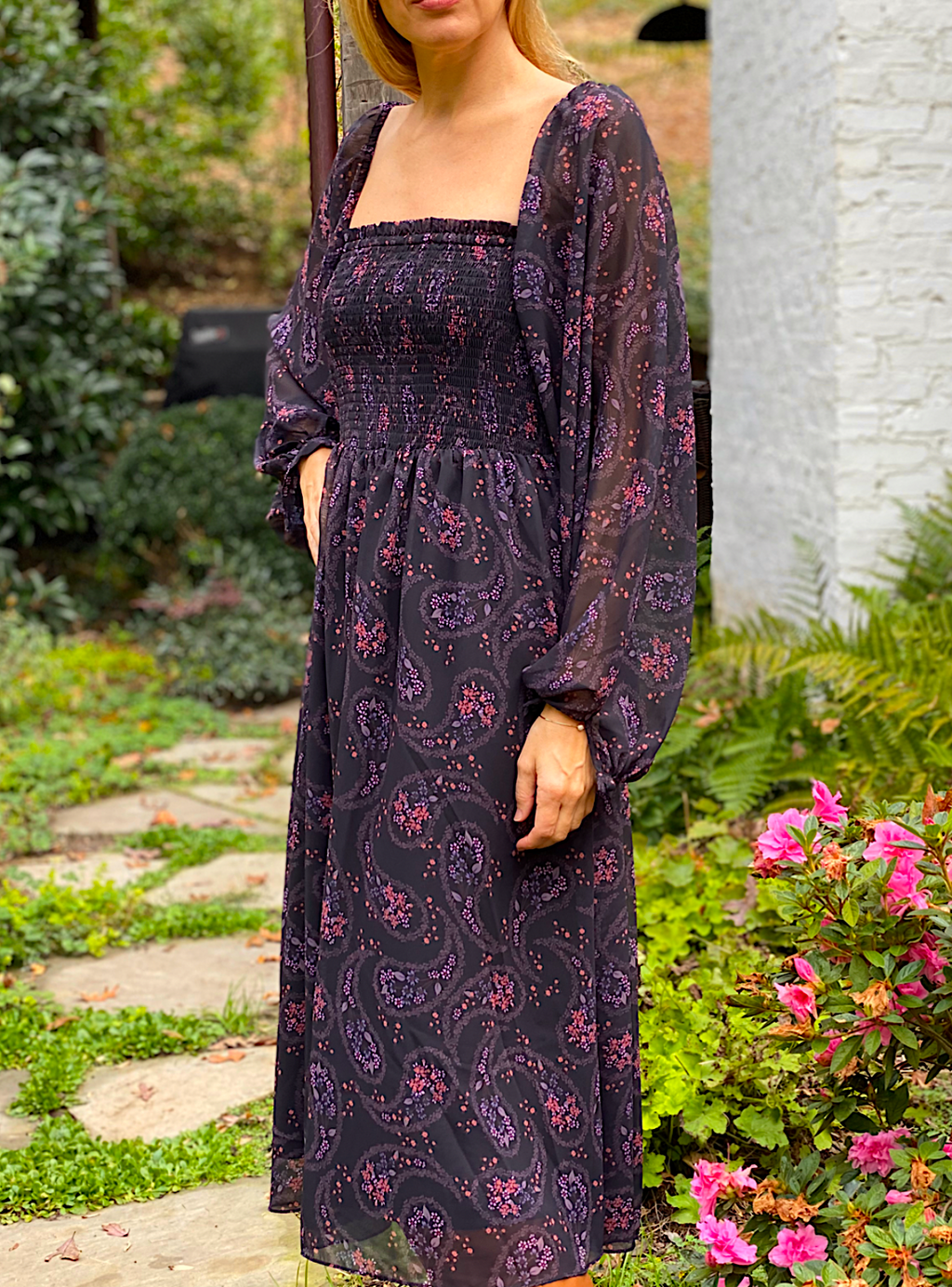 We Are Kindred Lily Rose Shirring Midi Dress in Dark Daisy