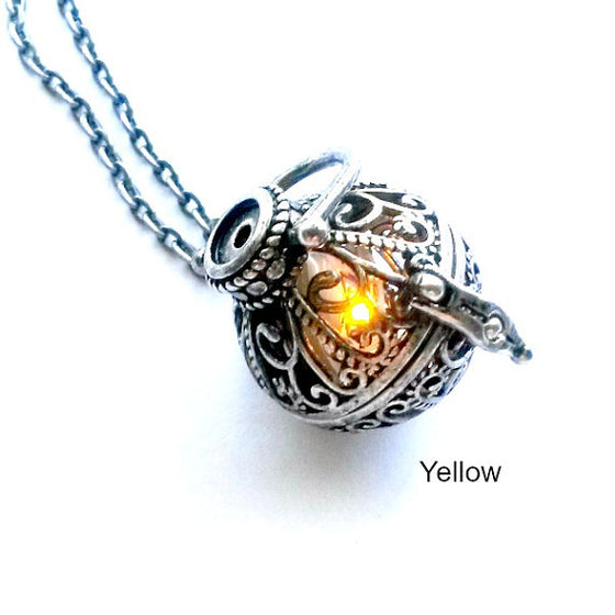 Amber Light Up Necklace