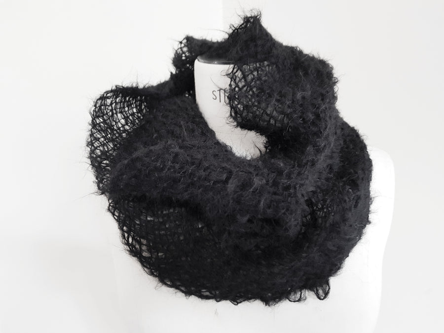 Amano suri alpaca handwoven snood collar