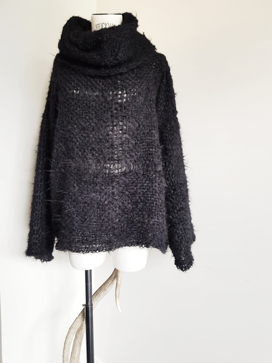 Amano Alpaca handwoven funnel neck sweater