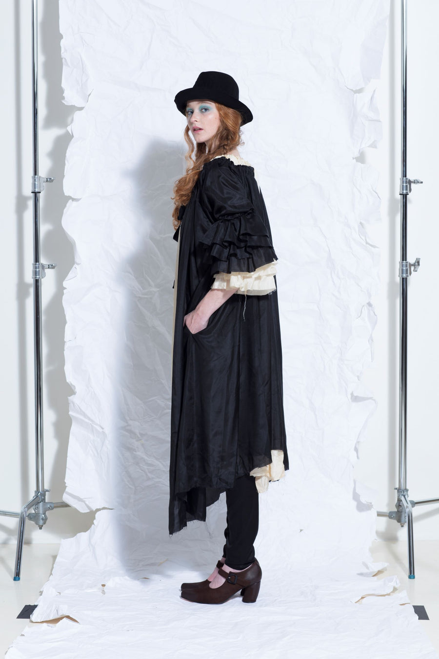 Amano pure silk button back bluson dress / duster