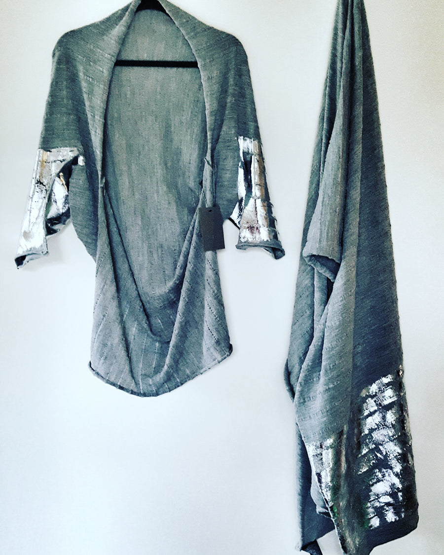 Fabrica luxe baby Alpaca & silk shawl with handprint foil
