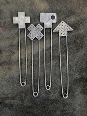 Oxidized steel knit pins