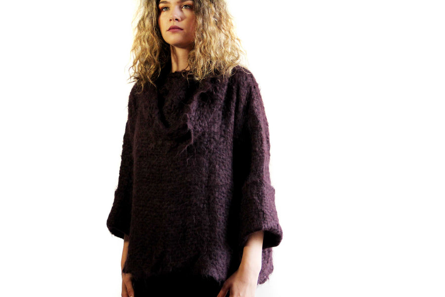 Amano suri alpaca handwoven sweater with webb collar