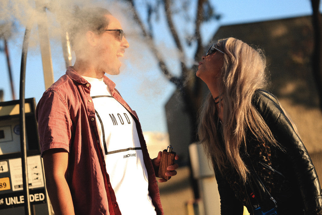 Vaping Etiquette: 4 Common Sense Rules to Avoid Being An Annoying Vaper