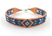 Load image into Gallery viewer, N328C Green Huichol bracelet