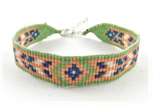 Load image into Gallery viewer, N328B peach Huichol bracelet