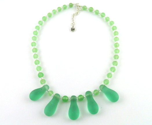 Naj114 sea green seaglass necklace