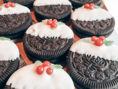 Festive Oreo Christmas Pudding Biscuits