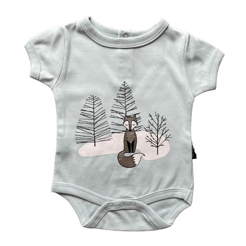 Toddles Sustainable Second Hand Baby Clothes Unisex bodysuit with brand Aster&Oak