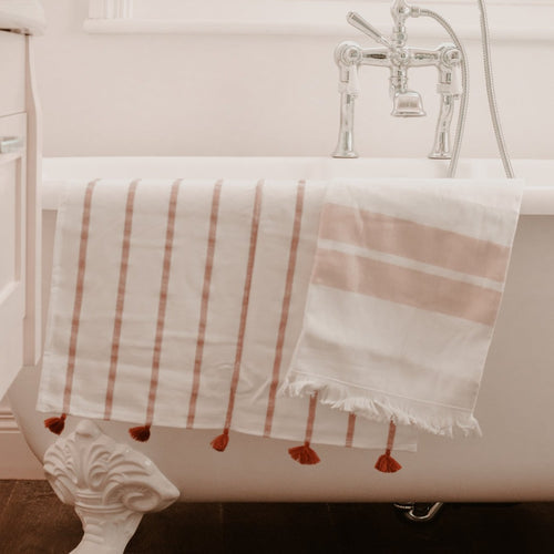 Peach Kesh Hand Towel