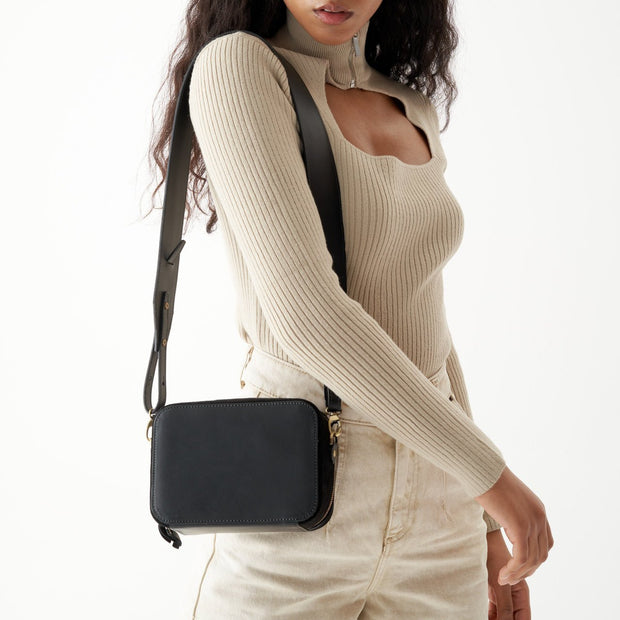 Adjustable Wide Shoulder Strap Classic Black