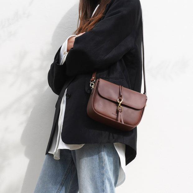 Mandel Box Bag Classic Brown