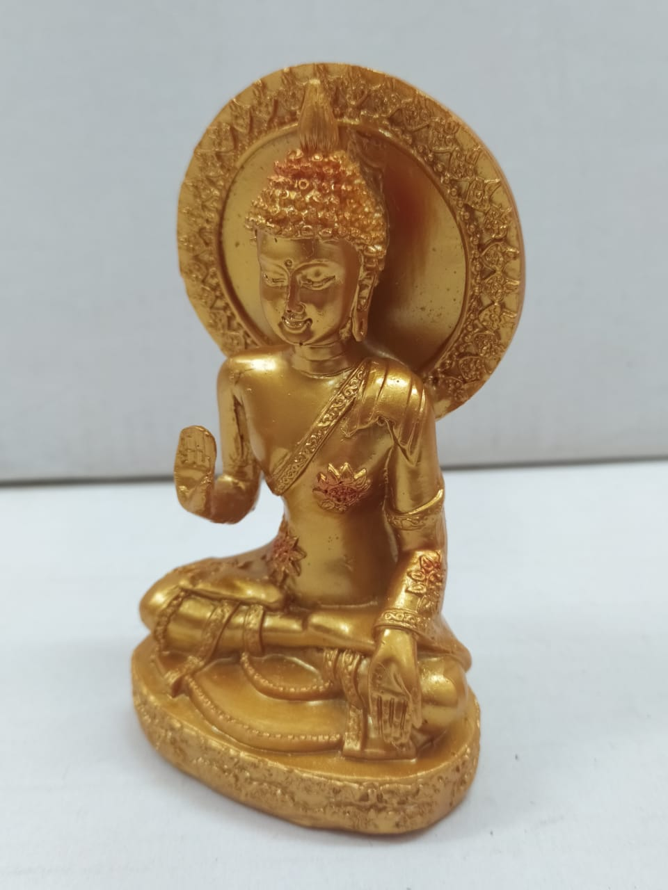 Buy Aashirwad Budha in Golden colour (CT19) Online