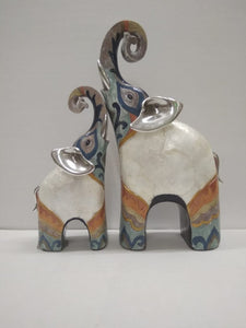 Mother And Baby Elephants Set In Beautiful Contemporary Design (DE24)