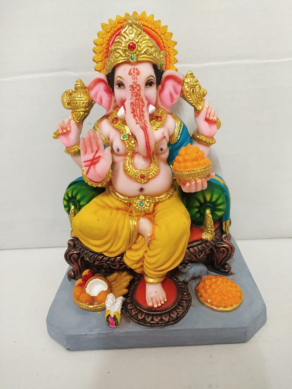 Buy Aashirwaad Ganesha on Simhasan royal look  (MT13)Online