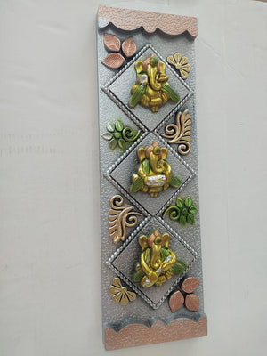 Wall hanging with Ganesha and floral design (NY133)