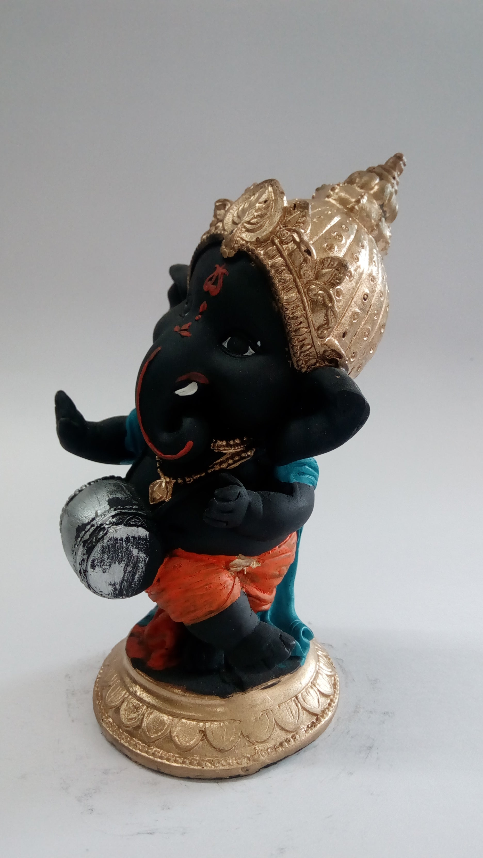 Lord Ganesha Playing Drum Idol SE0106-1a