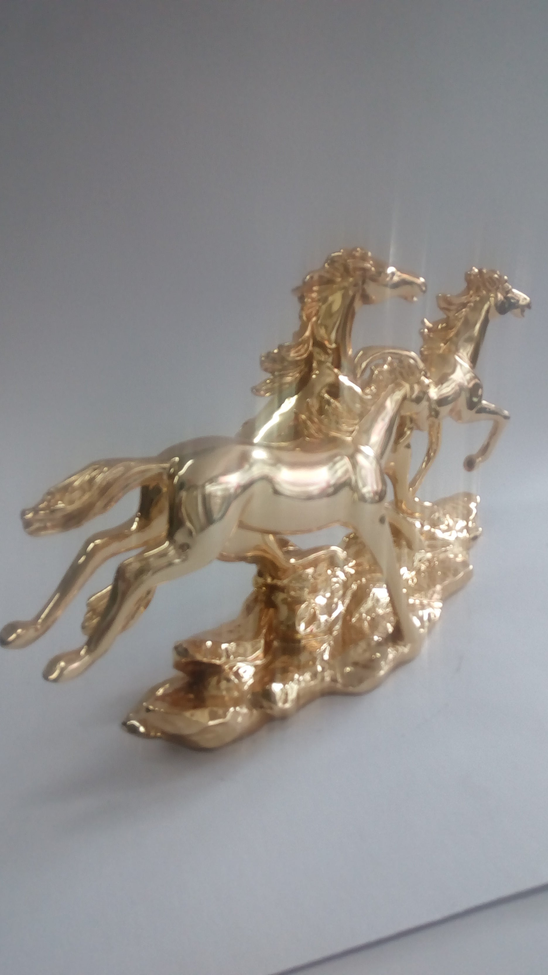Golden Horse showpiece SP0405