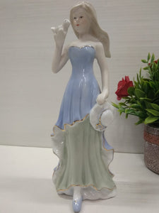 Buy Girl with bird showpiece DE75Online
