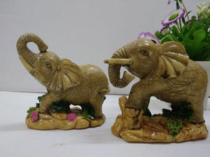 Set of 2 small elephants   DE141