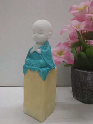 Buy Meditating little monk SCS87   Online