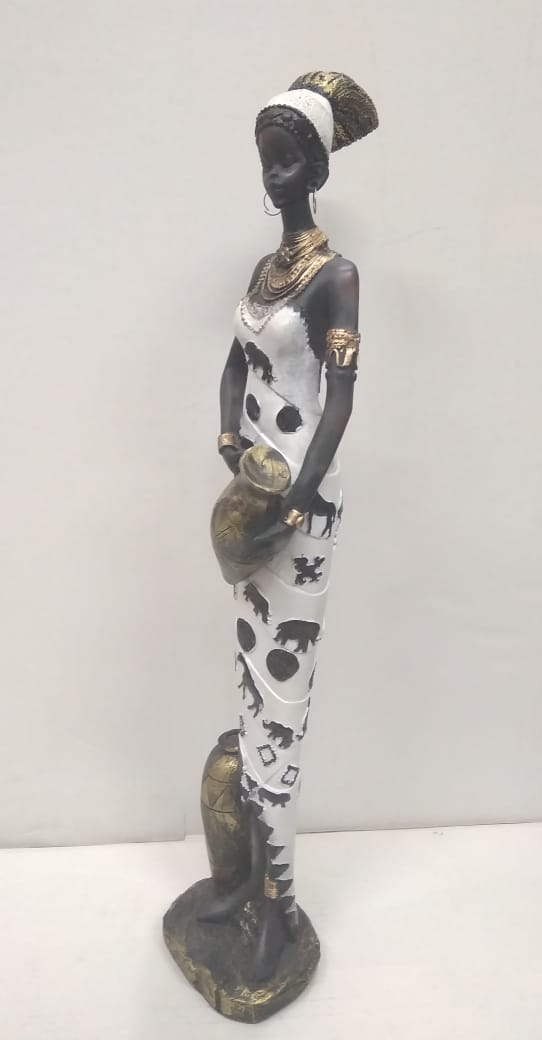 <b>African lady with vessels tall showpiece   SR041