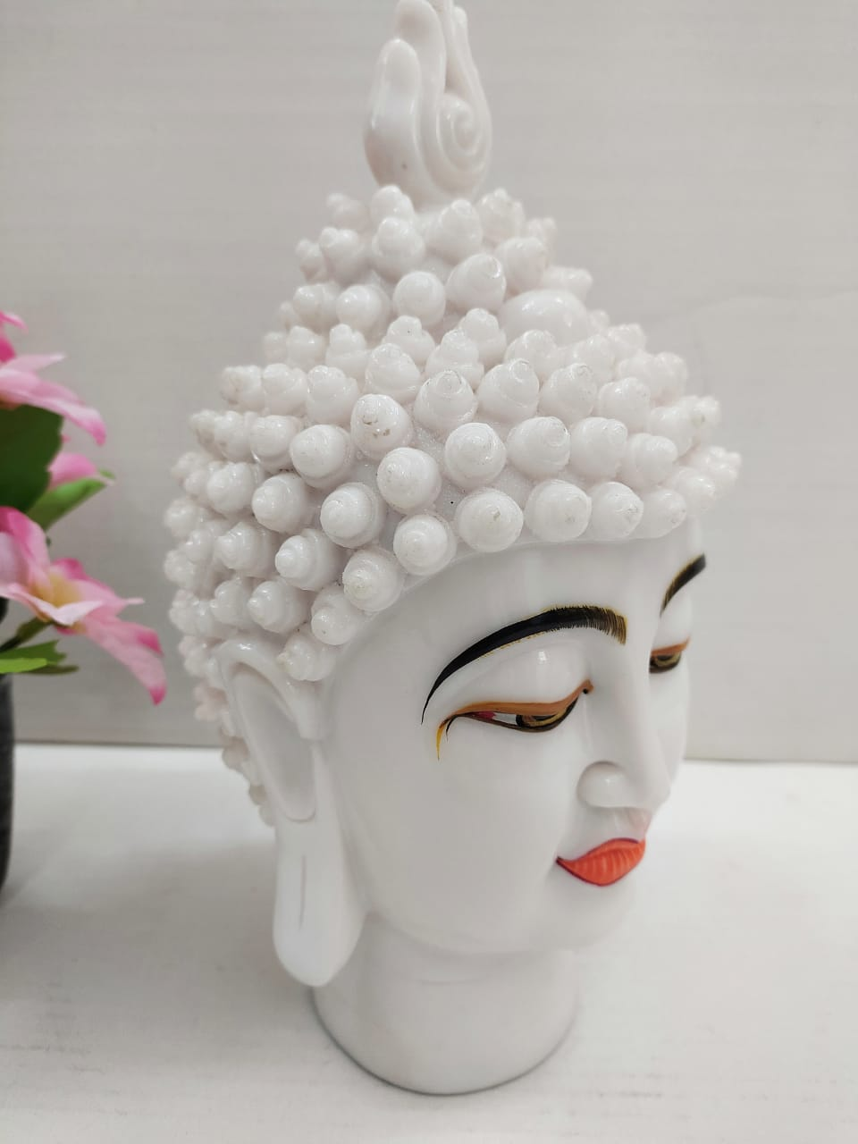 Beautiful white Budha Head showpiece DE43