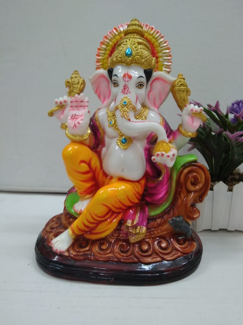 Beautifully designed lord Ganesha showpiece F121